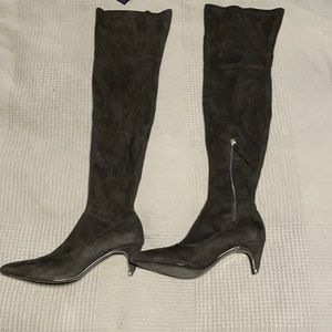Zara boots like new! Used once, over knees